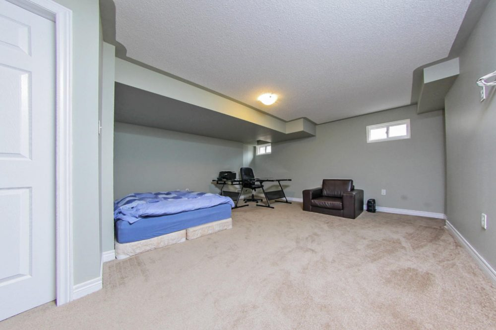101-Frenchpark-Circle-Eclat-realty-Inc-12