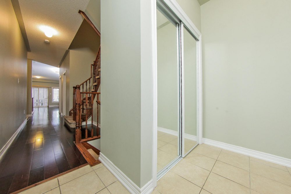 101-Frenchpark-Circle-Eclat-realty-Inc-2