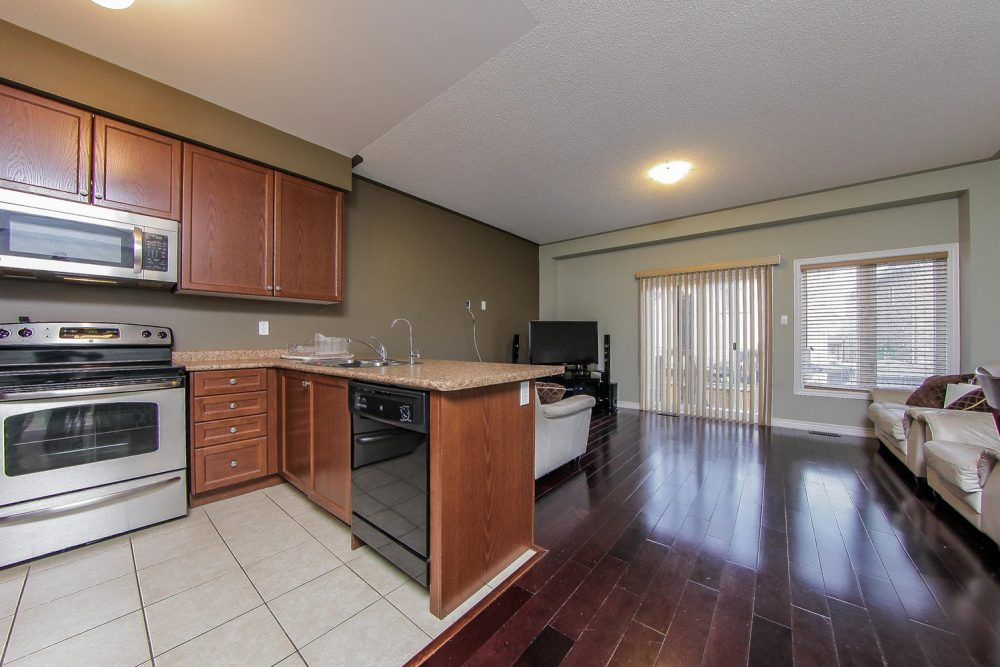 101-Frenchpark-Circle-Eclat-realty-Inc-4