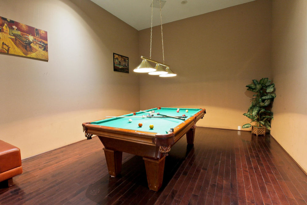 21063880 Duke of York Blvd-large-022-5-Building Game Room-1500×1000-72dpi